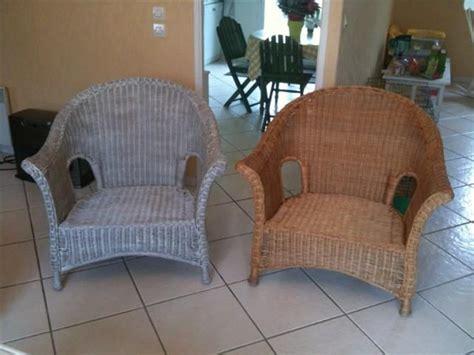 peindre un fauteuil en rotin peindre le rotin chinons et kolorons