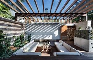 transformer un patio en salon d39exterieur With wonderful decoration exterieur de jardin 7 decoration salon pour petit appartement