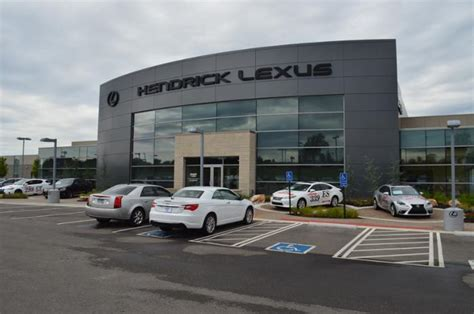 Dealers In Kansas City by About Hendrick Lexus Kansas City New Used Car Dealer