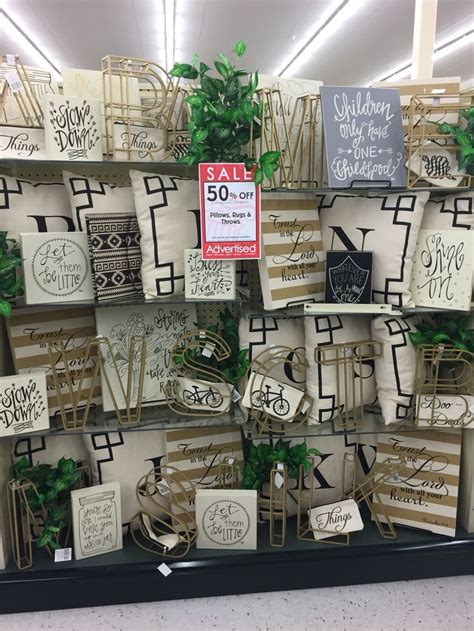 decorating  letters hobby lobby merchandising