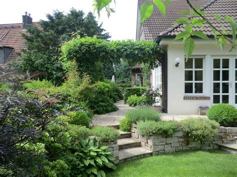 Cottage Garten  Landhausstil  Garten  Essen Von