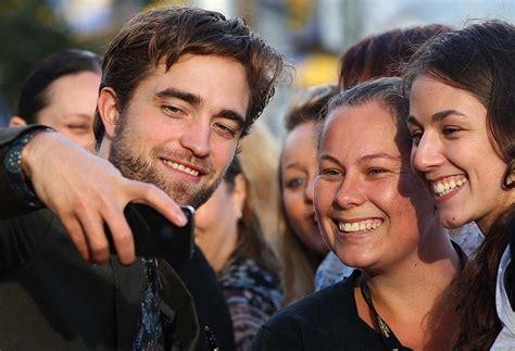celebrities    devoted fan followings