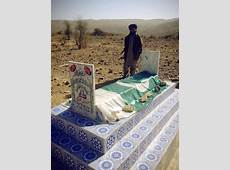 A Grave with #Pakistan Flag in Dera Bugti #Balochistan