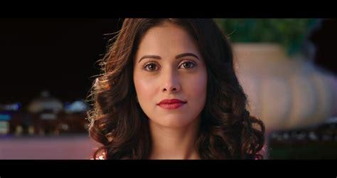 nushrat bharucha red saree gown  official trailer