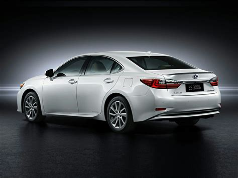 new lexus 2017 new 2017 lexus es 300h price photos reviews safety