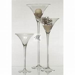 Grand Vase En Verre : grand verre a martini ustensiles de cuisine ~ Teatrodelosmanantiales.com Idées de Décoration
