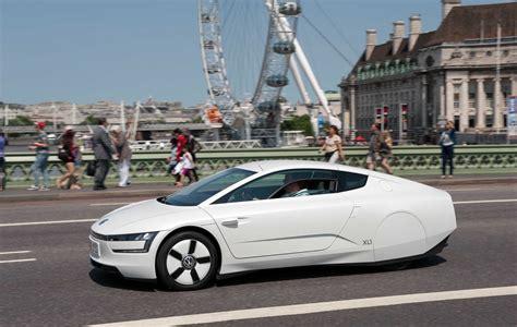 volkswagen xl1 volkswagen xl1 hybrid visits london video autoevolution