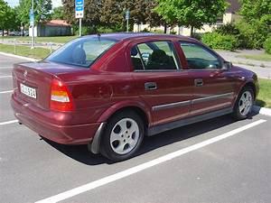 Opel Astra 1999 : 2004 06 17 opel astra 1999 our new car ~ Medecine-chirurgie-esthetiques.com Avis de Voitures