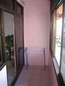Dolphin apartment pattaya thailand for Katzennetz balkon mit hotel pattaya garden thailand