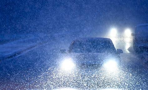 Die Klimaanlage Erblickt Das Licht Der Welt by Quot Schneebaby Quot Erblickt Am Strassenrand Das Licht Der