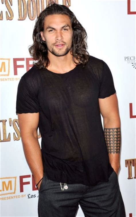 jason momoa age weight height measurements celebrity