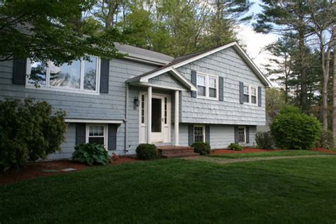 Add Curb Appeal  Facelift To 1967 Split Level Home