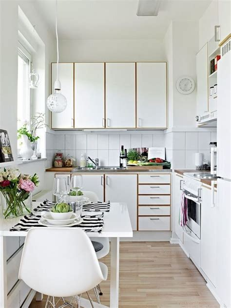 Discover inspiration for your small kitchen remodel or upgrade with ideas for storage, organization, layout and decor. 35 Outstanding Small Kitchen Studio Designs For Comfort ...
