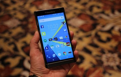 blackberry priv refreshed with may security update