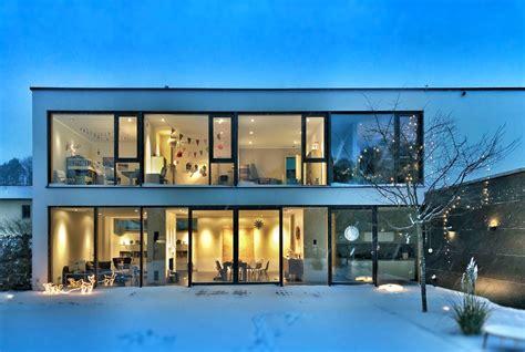 modern house pictures   images  unsplash