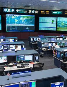 Inside NASA Mission Control, with Astro Mike Massimino ...