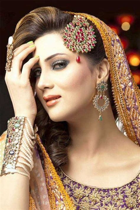 indian style hair accessories 25 top exles of exquisite bridal jewellery on rent