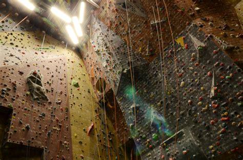escalade indoor centre sportif mounier