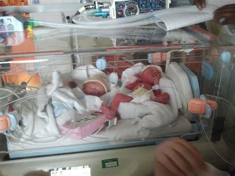 accouchement en siege présentation du bébé en siège mon corps mon bébé mon