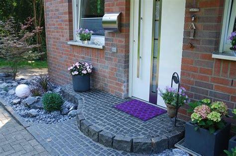 Vorgartengestaltung Mit Naturstein Und Atmosphärischer