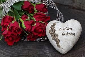 Gelbe Rose Bedeutung : blumen zur beerdigung beerdigungsblumen und trauerkr nze online kaufen bedeutung der farben ~ Whattoseeinmadrid.com Haus und Dekorationen