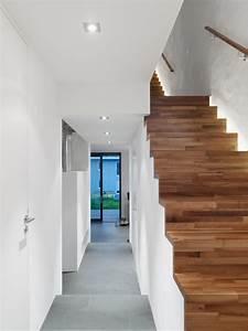 Lampen Für Treppenhaus : treppenhaus modern treppen berlin von architectoo ~ Markanthonyermac.com Haus und Dekorationen