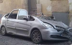 Casse Pour Voiture : bordeaux une voiture cras e par la chute d un morceau de corniche sud ~ Medecine-chirurgie-esthetiques.com Avis de Voitures