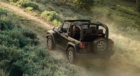 Jeep Wrangler Per Gallon by 11 New And Affordable Convertible Cars Cheapism