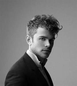 Coupe Homme Moderne : coupe homme moderne belle coiffure homme cheveux court ~ Melissatoandfro.com Idées de Décoration