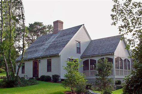 colonial style house plan  beds  baths  sqft plan   exterior front elevation