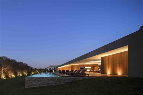 A Fabulous Fortress In Brazil by Marcio Kogan S Casa Concrete House Exterior With View