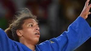 Gymnastics: Team USA and Simone Biles take team gold - CNN