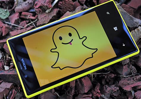 phone gets vague snapchat tweet gets windows phone hopes up but try
