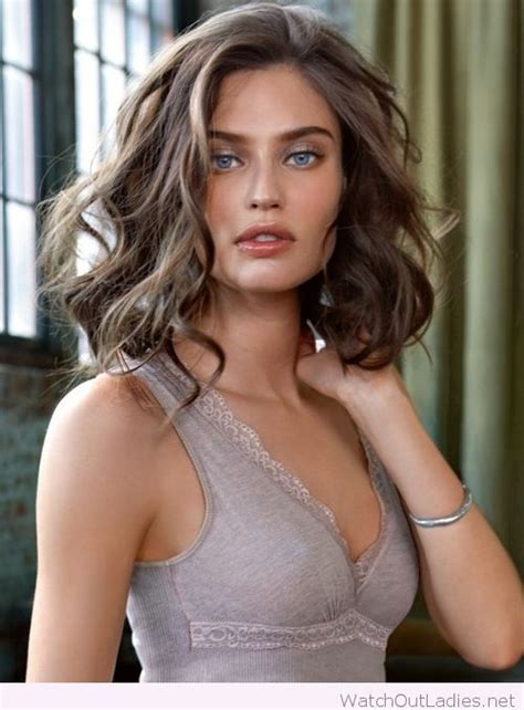 soft brown hair color best 25 brown bob hair ideas on colored bobs