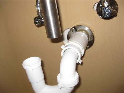 plumbing sink tailpiece doesnt    trap home