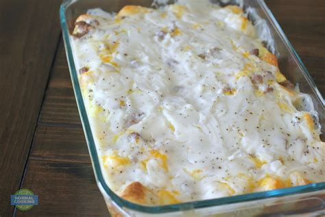 Biscuits And Gravy Casserole Tasty