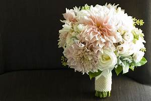 Wedding Flowers Featuring The Lovely Dahlia Flourish
