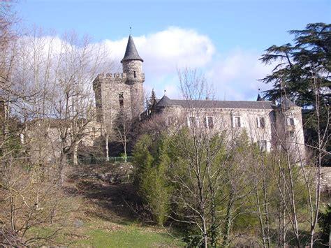 chambre d hotes en lozere le château a restaurer en gites et chambres d hôtes le