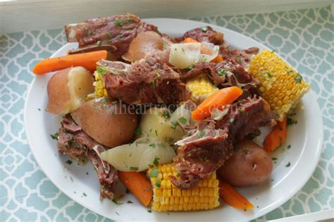 Low Country Neck Bone Boil  I Heart Recipes
