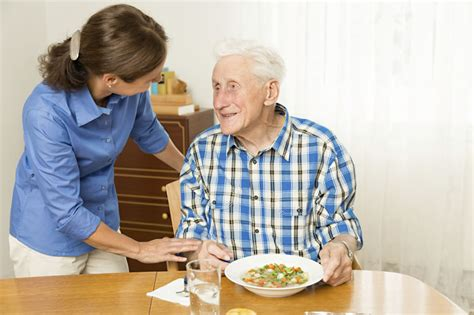 how to reduce the risk of falls in the elderly