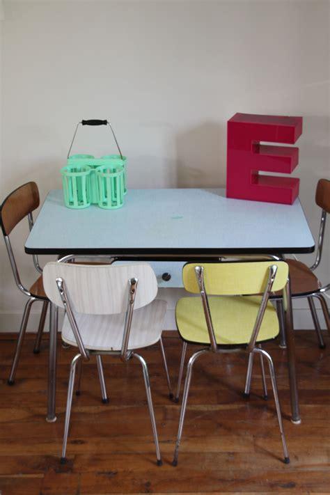 chaises formica peinture d 39 armoires de cuisine sur cire