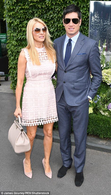 Wimbledon 2017 sees Tess Daly showcase her honed pins ...