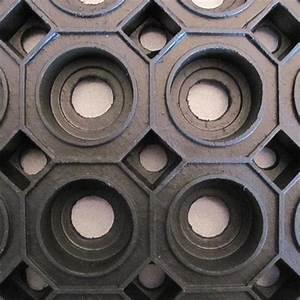 Gummimatten Meterware Aussenbereich : ringgummimatte klassisch als zuschnitt nach ma matten center matten als meterware ~ Frokenaadalensverden.com Haus und Dekorationen