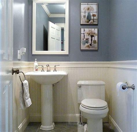 25+ Best Ideas About Small Half Bathrooms On Pinterest