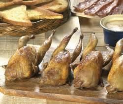 caille sur canapé recettes plats de volailles cailles sur canapé