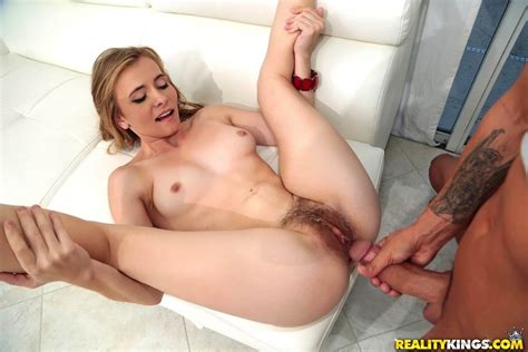 Hot Bush Presents Kaylee Jewel In Puffy Pussy
