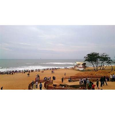Visiting places of India: Calangute Beach