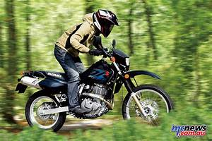 Suzuki Dr 650 : 2017 suzuki dr650se arrives in dealers ~ Melissatoandfro.com Idées de Décoration