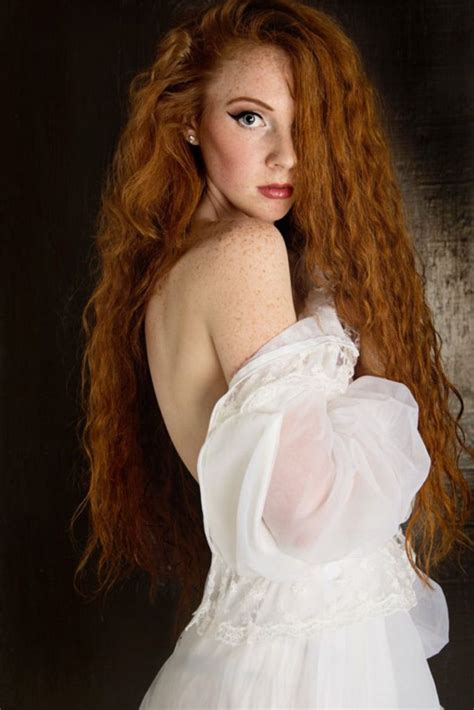 Gorgeous Redheads Will Brighten Your Day 23 Photos