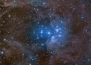 APOD: 2009 October 14 - Pleiades and Stardust